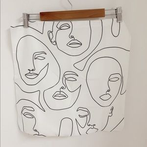 Abstract Face Cushion Cover
